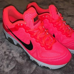Nike Air Max Tailwind 7 shoes